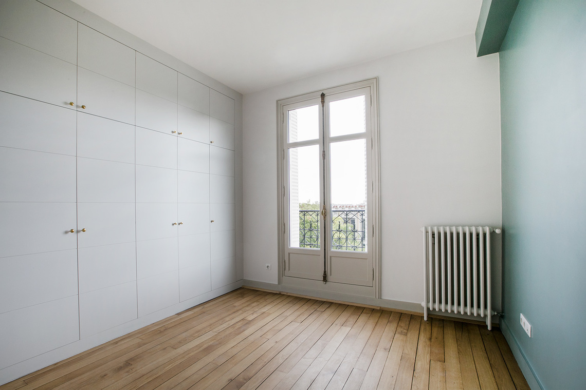 Apartment Paris Rue Joseph Bara 10