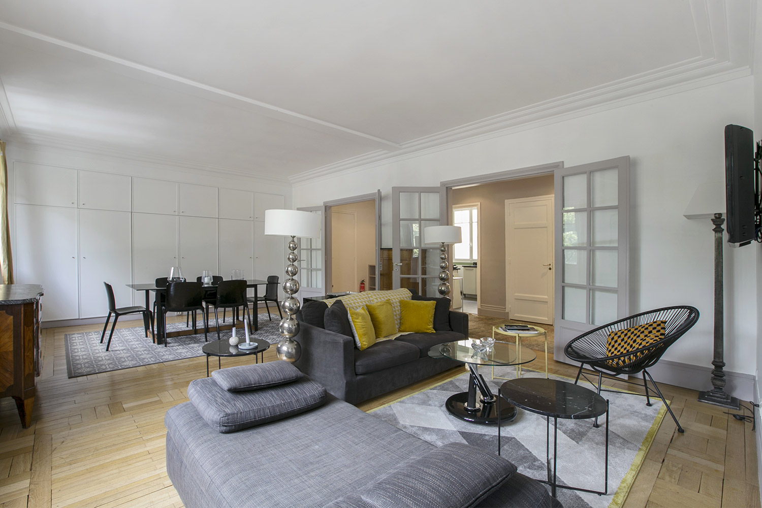 Apartment Paris rue Fabert