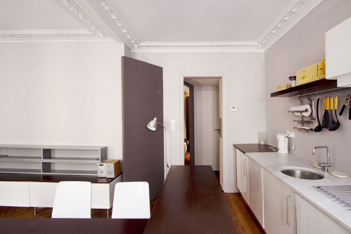 Apartment Paris Rue Mansart 7