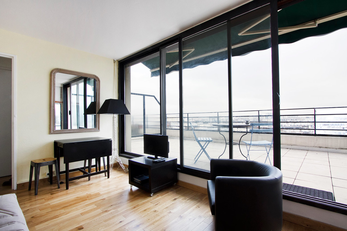 Apartment Paris Rue de la Roquette 3