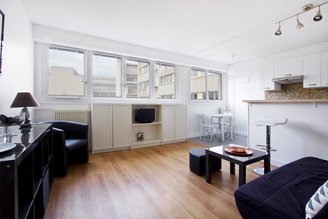Paris Rue la Quintinie Apartment for rent