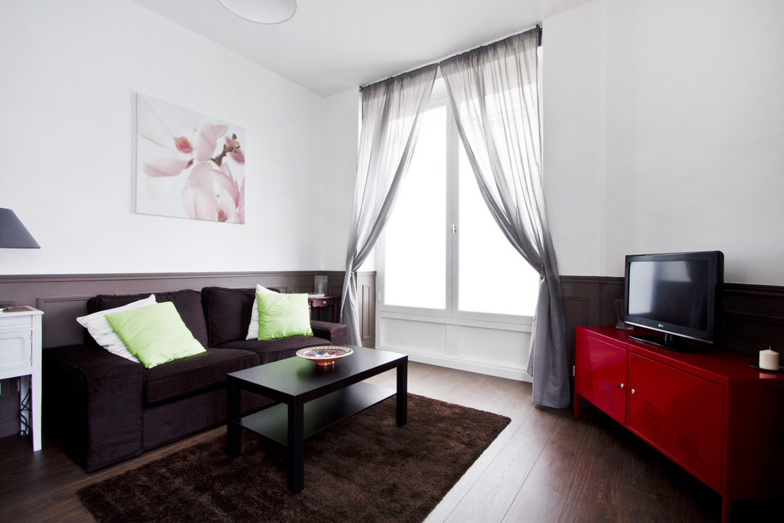 Apartment Paris Rue Lancret 8