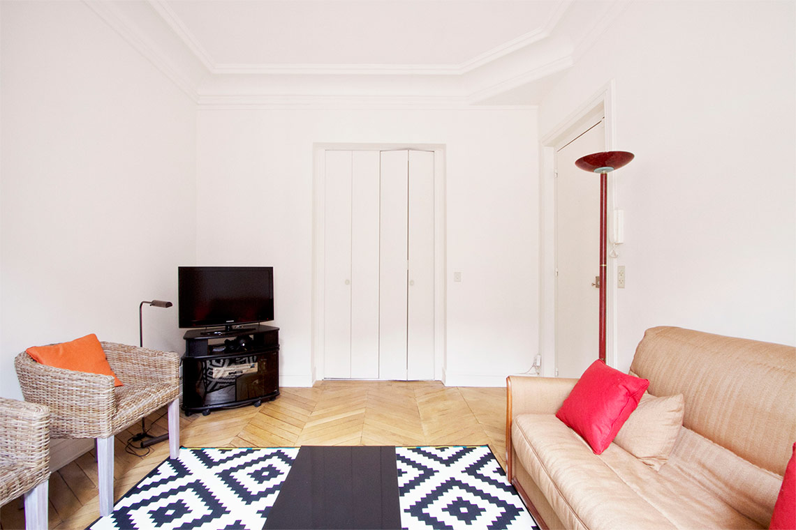 Paris Avenue Marceau Apartment for rent