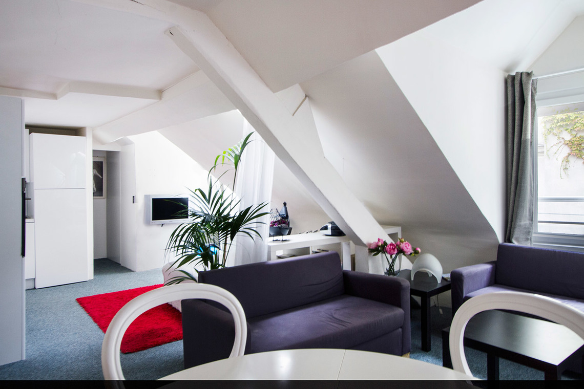 Paris Rue Saint-Joseph Apartment for rent