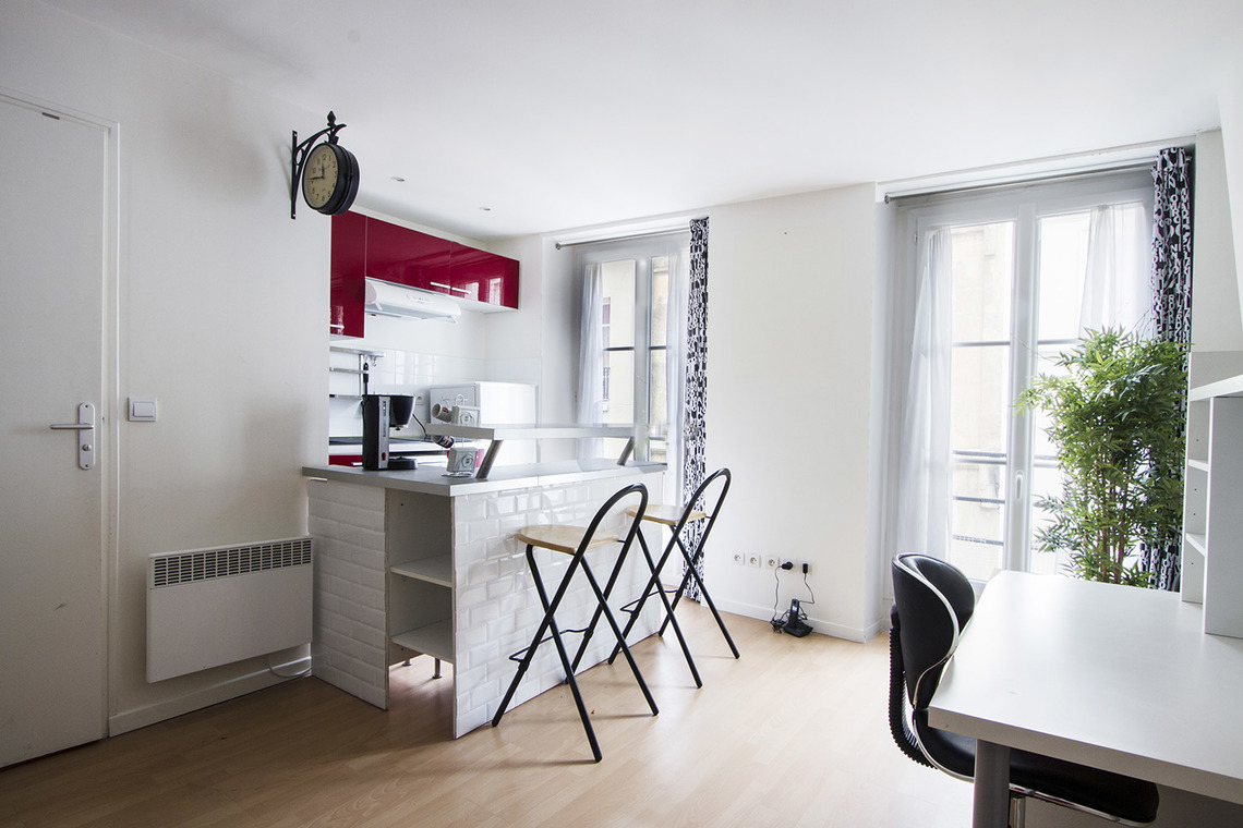 Apartment Paris Rue Saint Sauveur 2