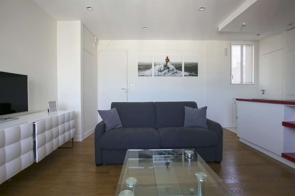 Apartment Paris Place Adolphe Cherioux 4