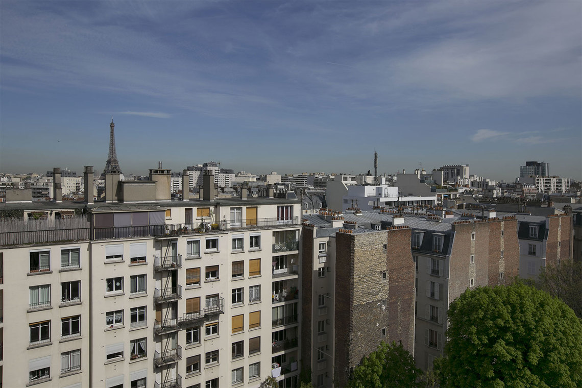 Apartment Paris Place Adolphe Cherioux 13