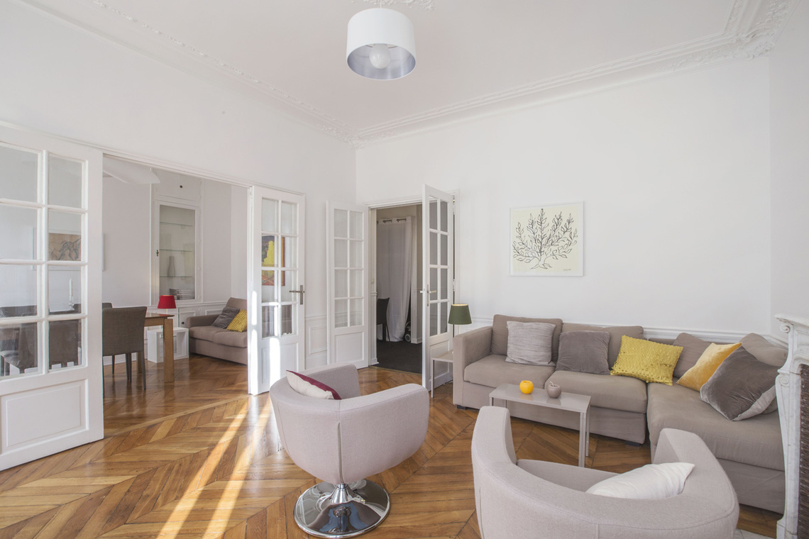 Furnished apartment for rent Paris Boulevard Voltaire
