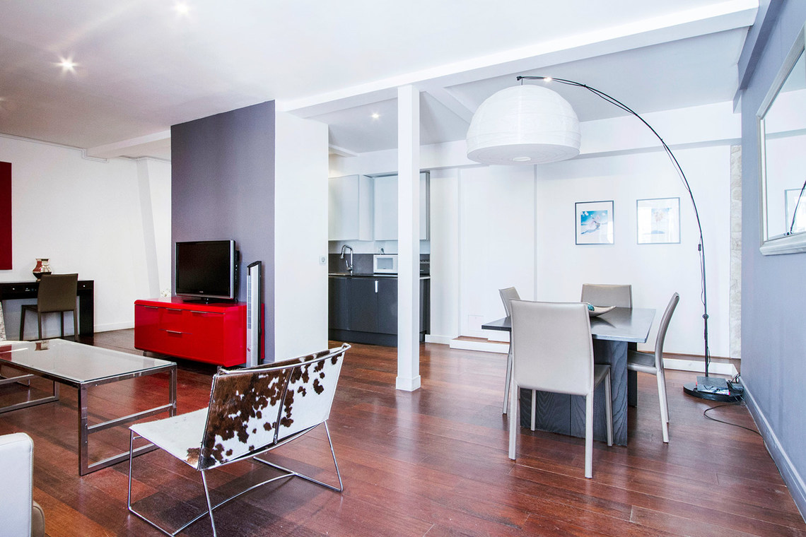 Appartement Paris Rue de Berri 4