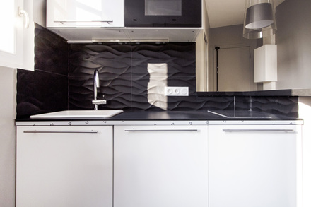 location studio meubl place du 11 novembre 1918 levallois perret ref 8741. Black Bedroom Furniture Sets. Home Design Ideas