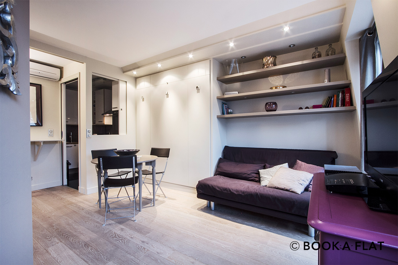 apartment for rent rue de la paix paris ref 8745. Black Bedroom Furniture Sets. Home Design Ideas
