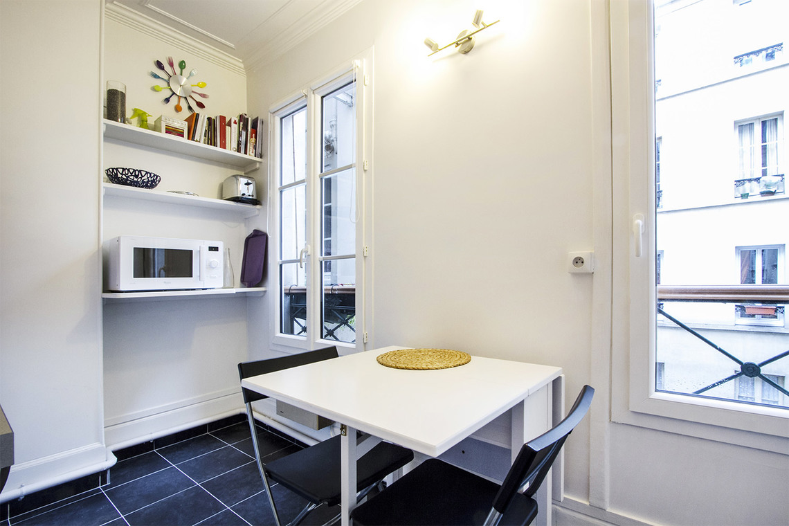 Apartment Paris Rue Cardinet 6