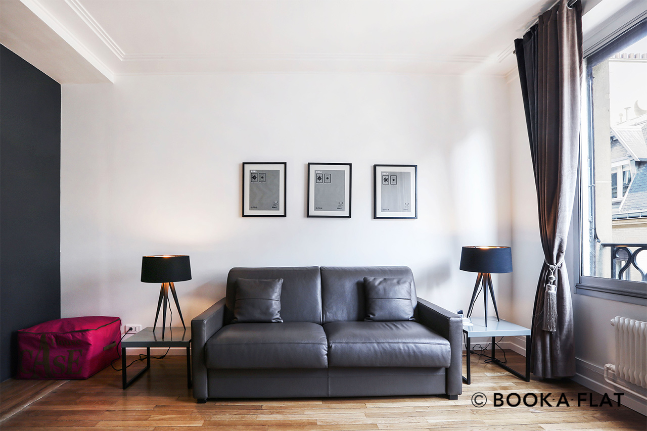 Furnished apartment for rent Paris Rue Paul Valéry