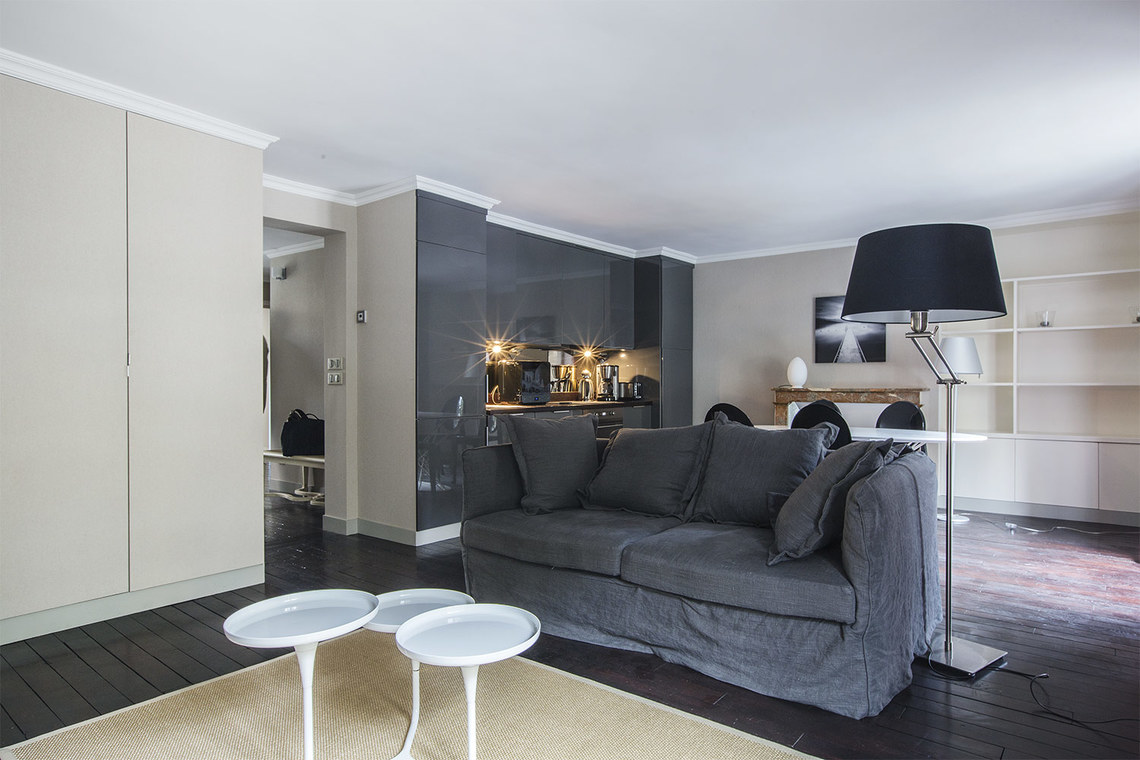 Furnished apartment for rent Paris Rue de l'Université