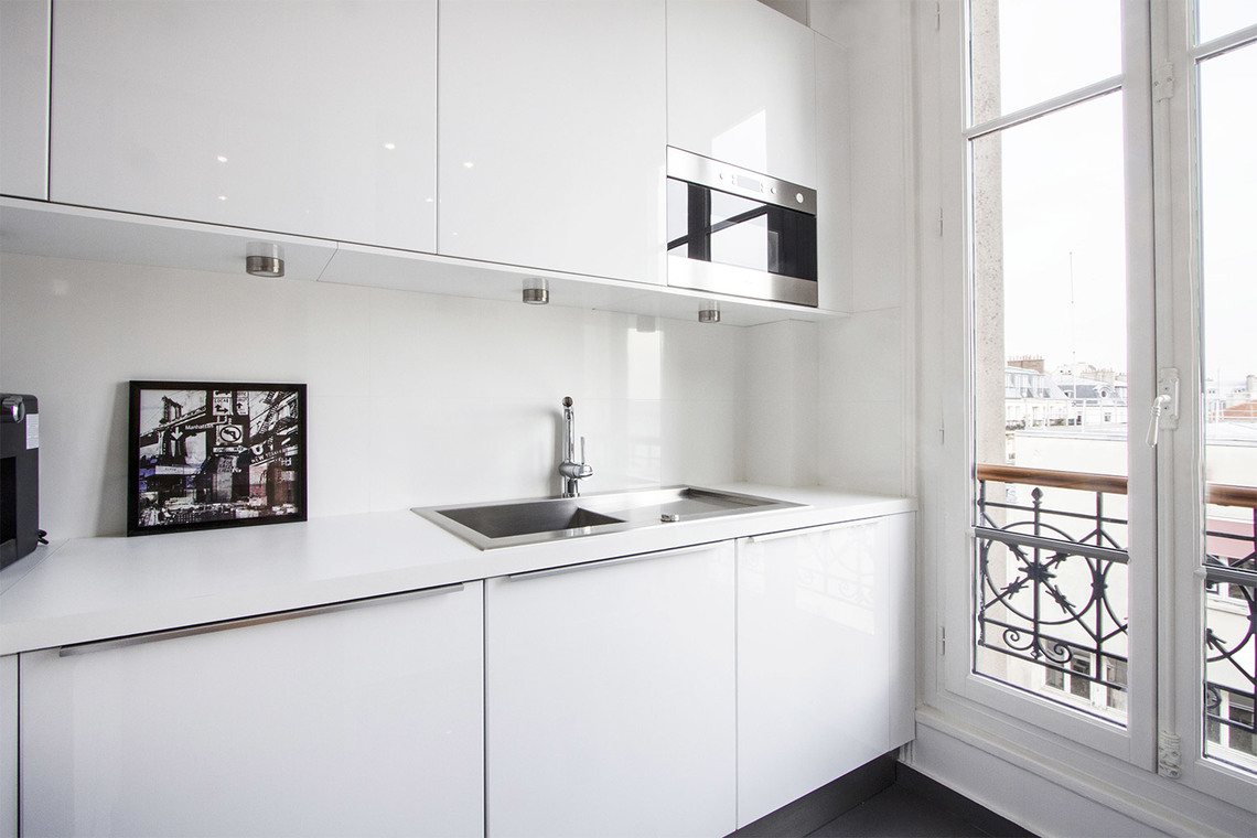 Apartment Paris Rue Lentonnet 7