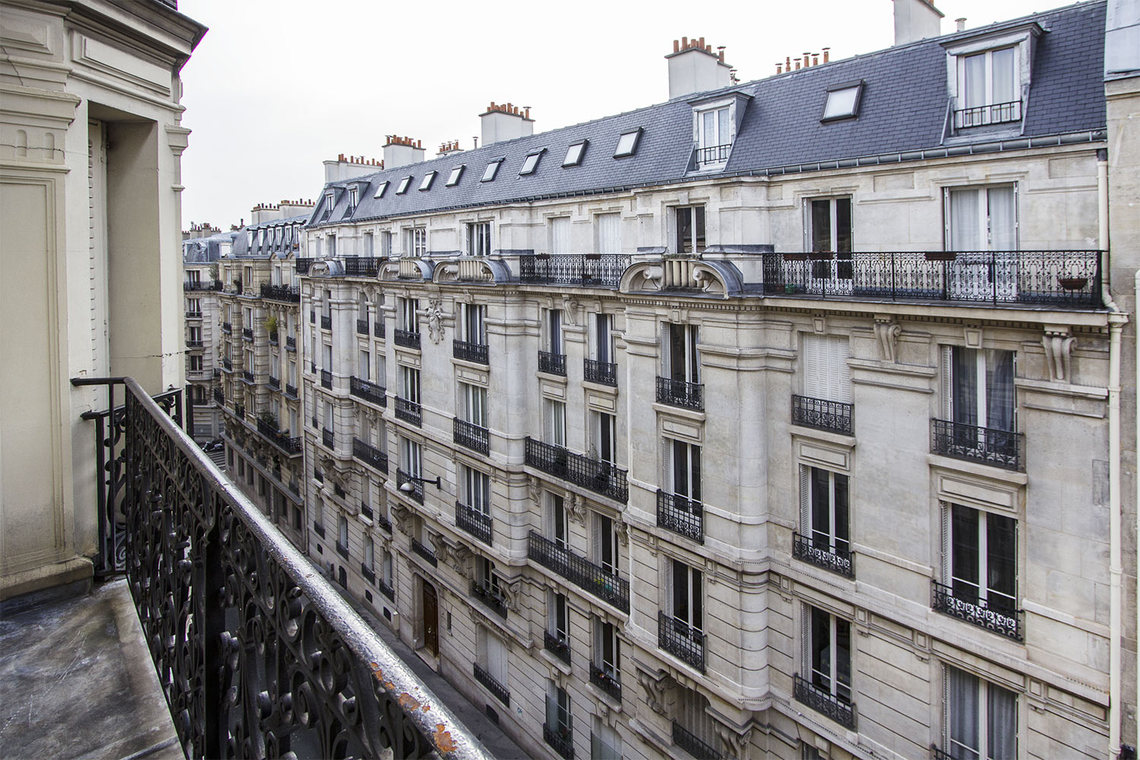 Apartment Paris Rue Lentonnet 13