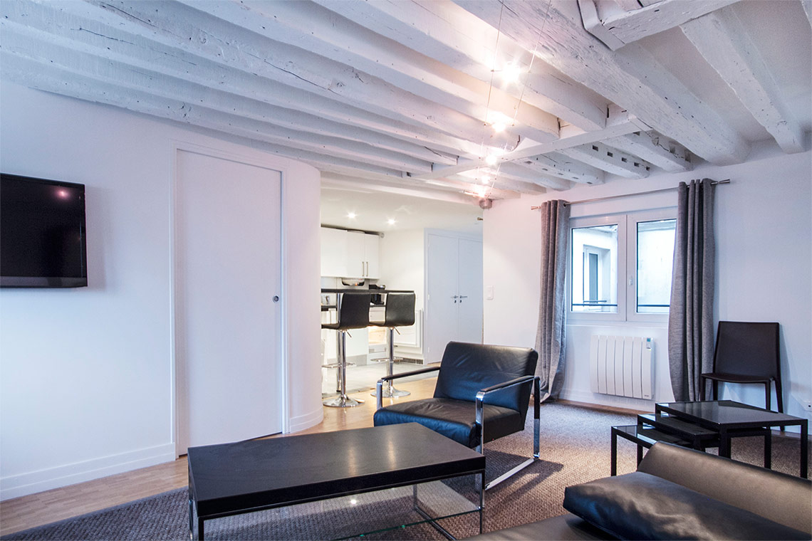 Apartment Paris Rue de Tournon 3