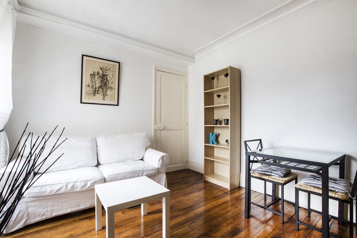 Apartment Paris Rue Crespin du Gast 6