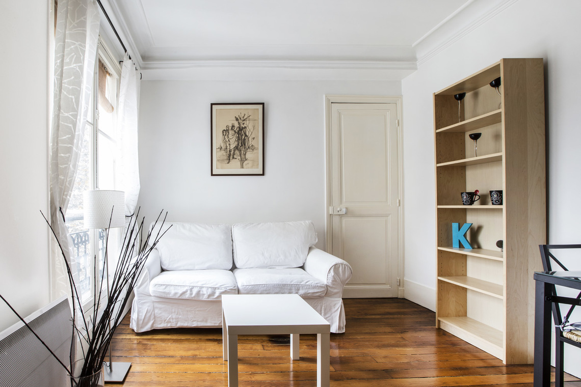 Furnished apartment for rent Paris Rue Crespin du Gast