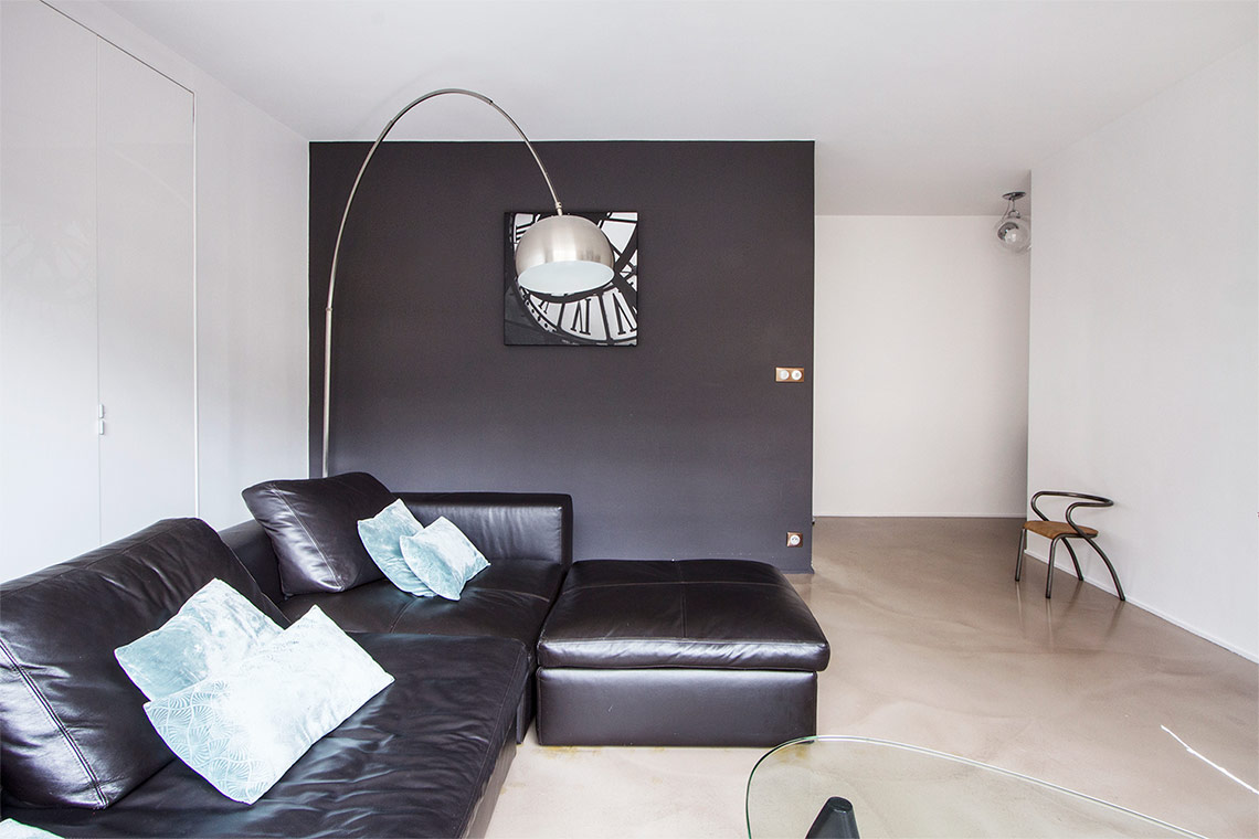 Apartment Paris Rue Guersant 7