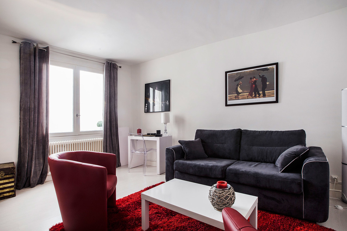 Furnished apartment for rent Paris Rue Fabert