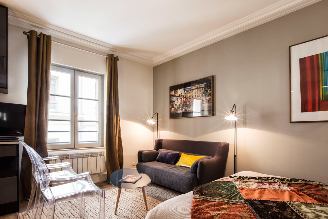 Paris Rue Royale Apartment for rent