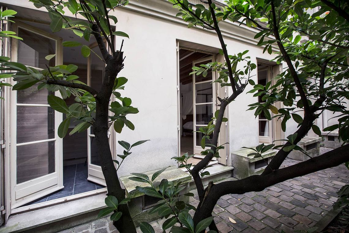 Квартира Paris Rue Visconti 8