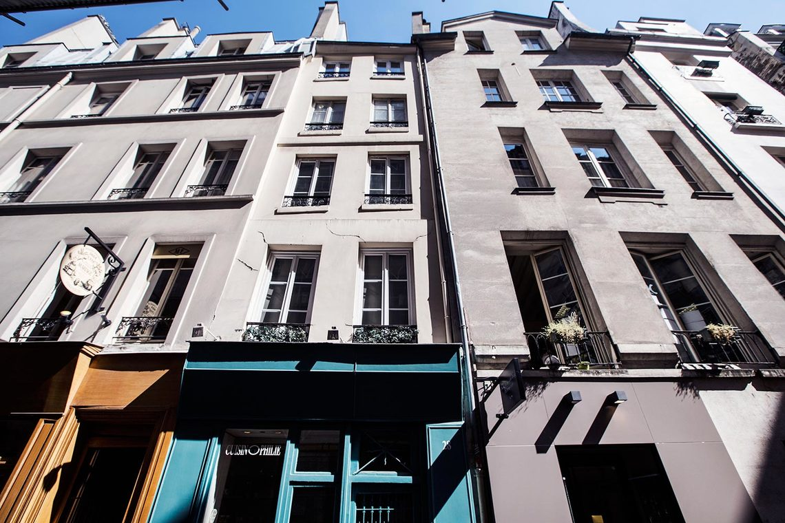 Apartment Paris Rue du Bourg Tibourg 9