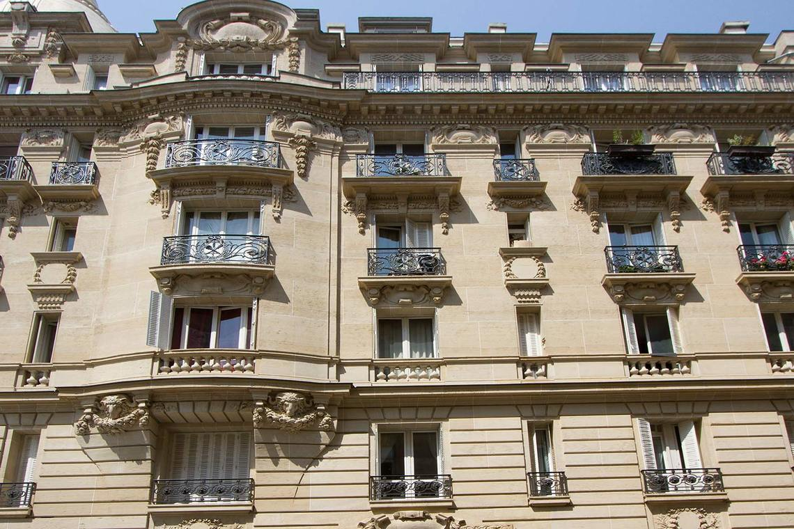 Appartement Paris Rue Balzac 12