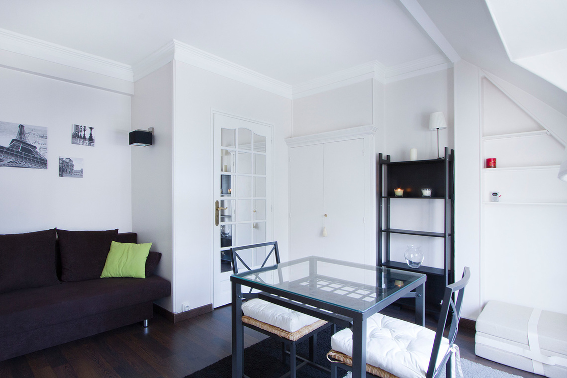 Appartement Paris Rue Balzac 5