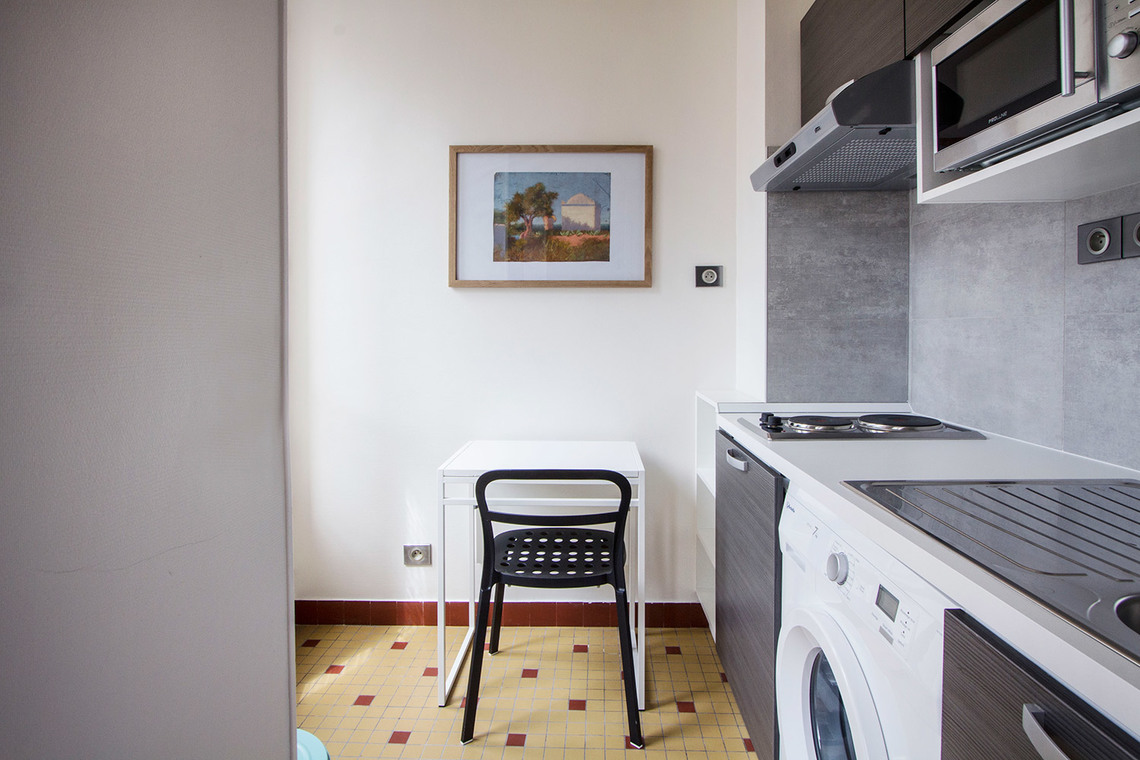 Apartment Paris Rue Lentonnet 6