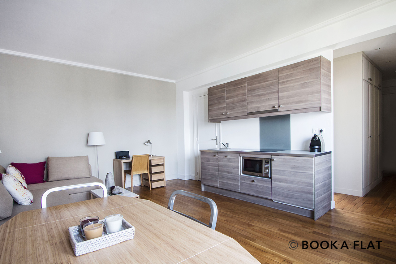 Paris Rue Clairaut Apartment for rent