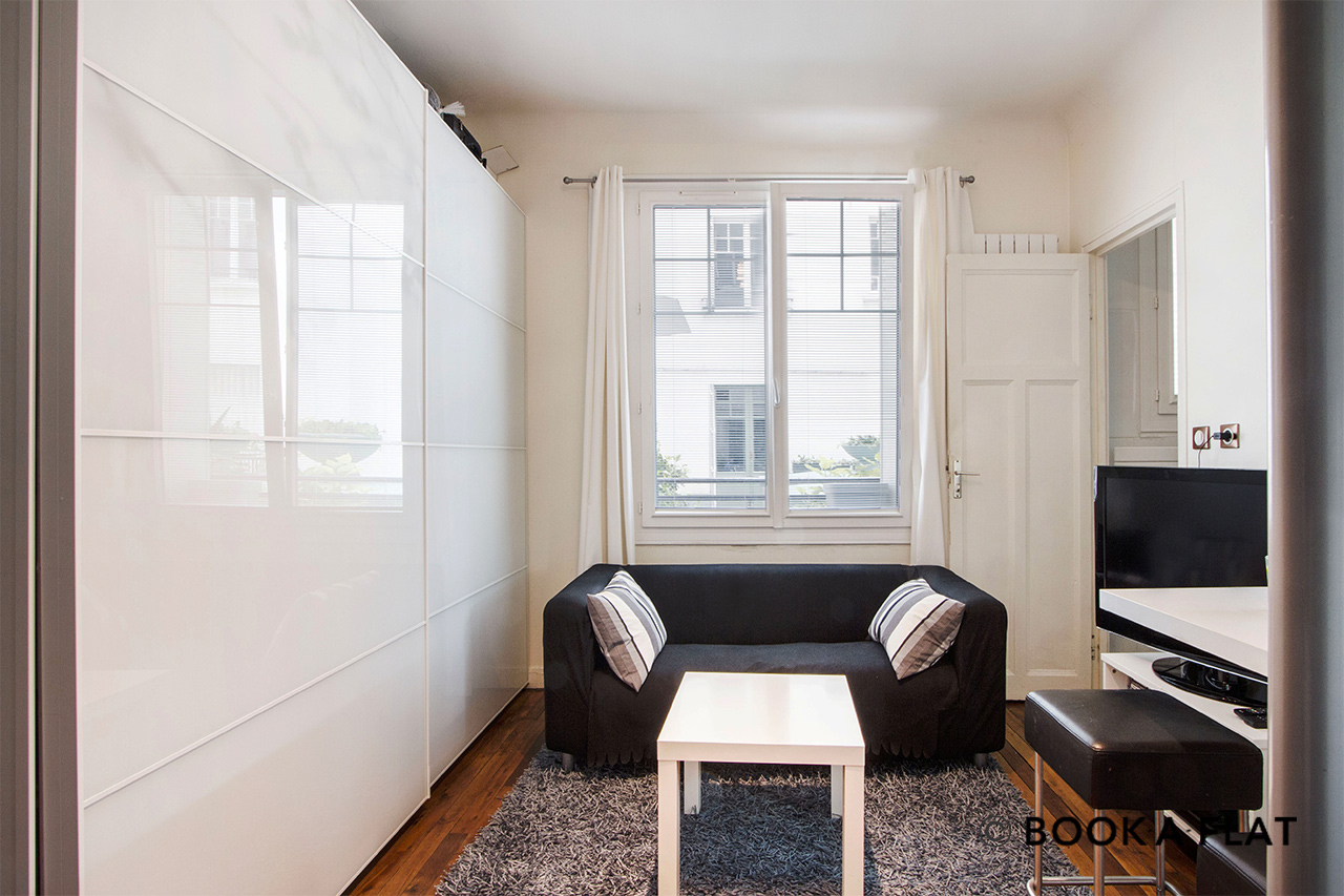 Apartment Paris Rue Saint Saens 4