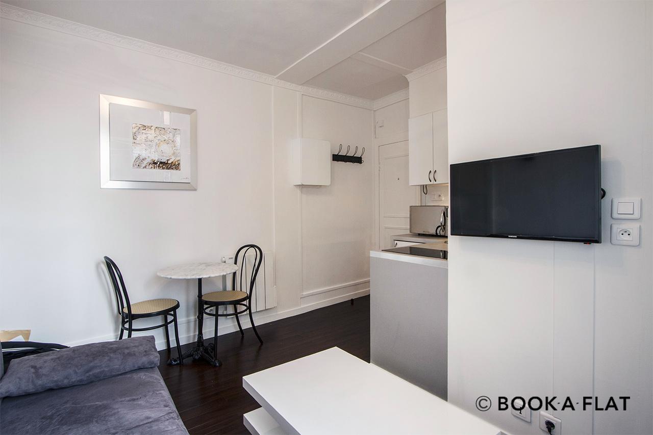 Monolocale in affitto rue saint dominique paris ref 9513 - Alma scuola cucina costo ...