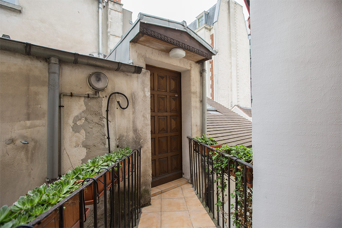 Квартира Paris Rue du Chevalier de la Barre 13