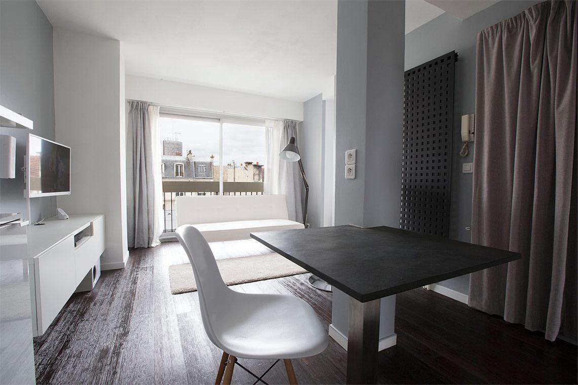 location appartement meubl rue descombes paris ref 9755. Black Bedroom Furniture Sets. Home Design Ideas
