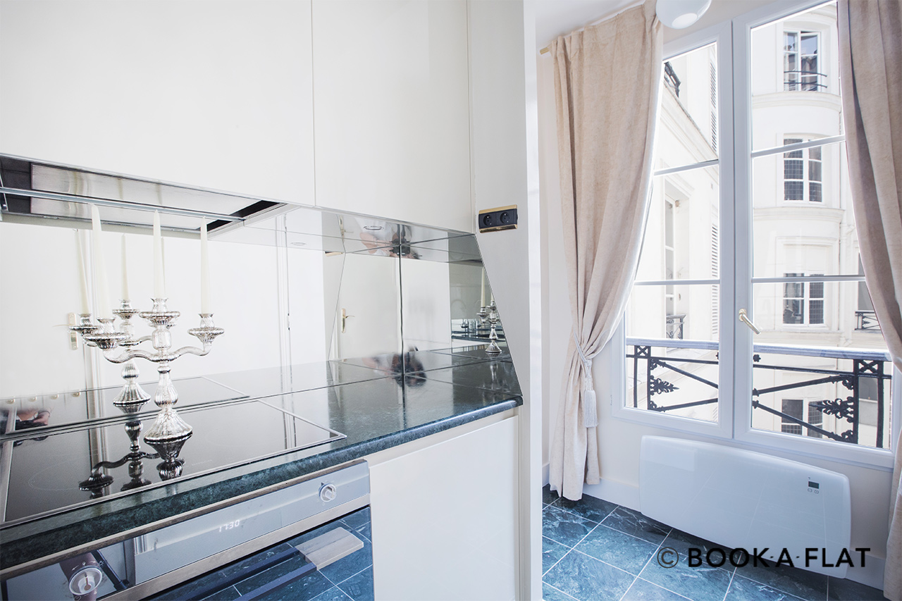Apartment Paris Rue de Miromesnil 6