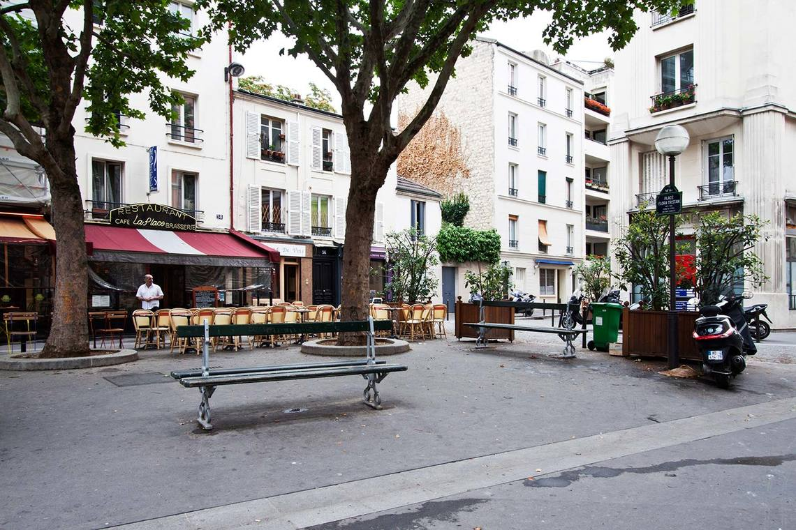 Apartment Paris Rue Saint Romain 14