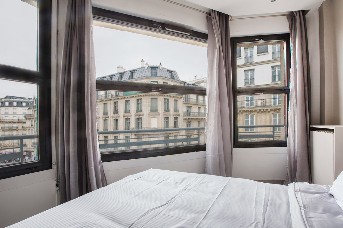 Apartment Paris Rue Joseph Sansboeuf (2C) 9