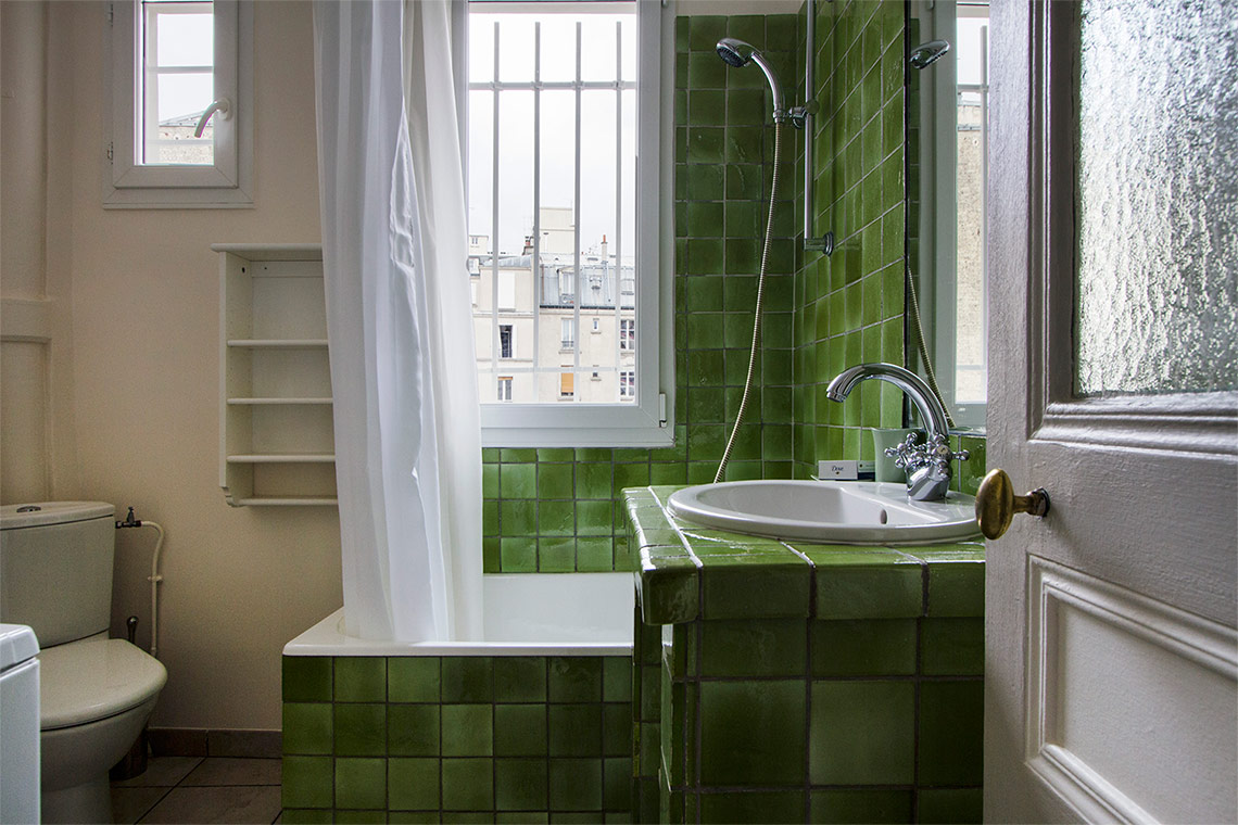 Apartment Paris Rue Lemercier 10