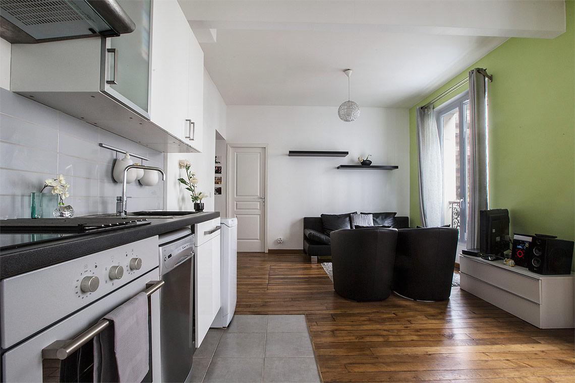 location appartement meubl rue de nice paris ref 9919. Black Bedroom Furniture Sets. Home Design Ideas