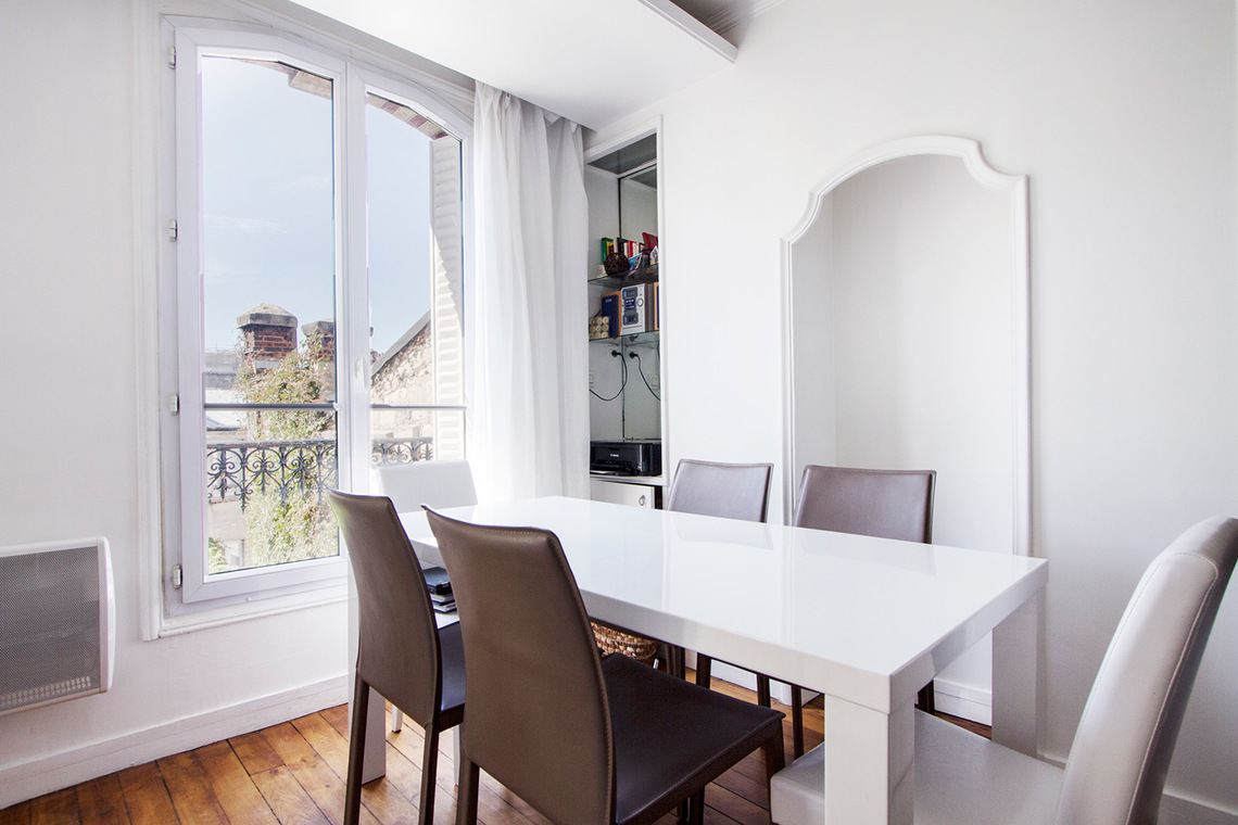 Apartment Paris Rue Truffaut 3
