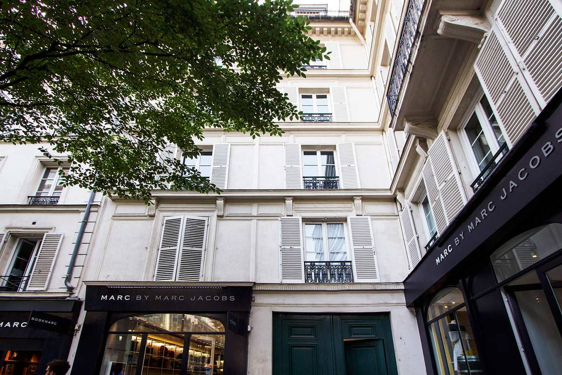 Apartment Paris Place du Marché Saint Honoré 14