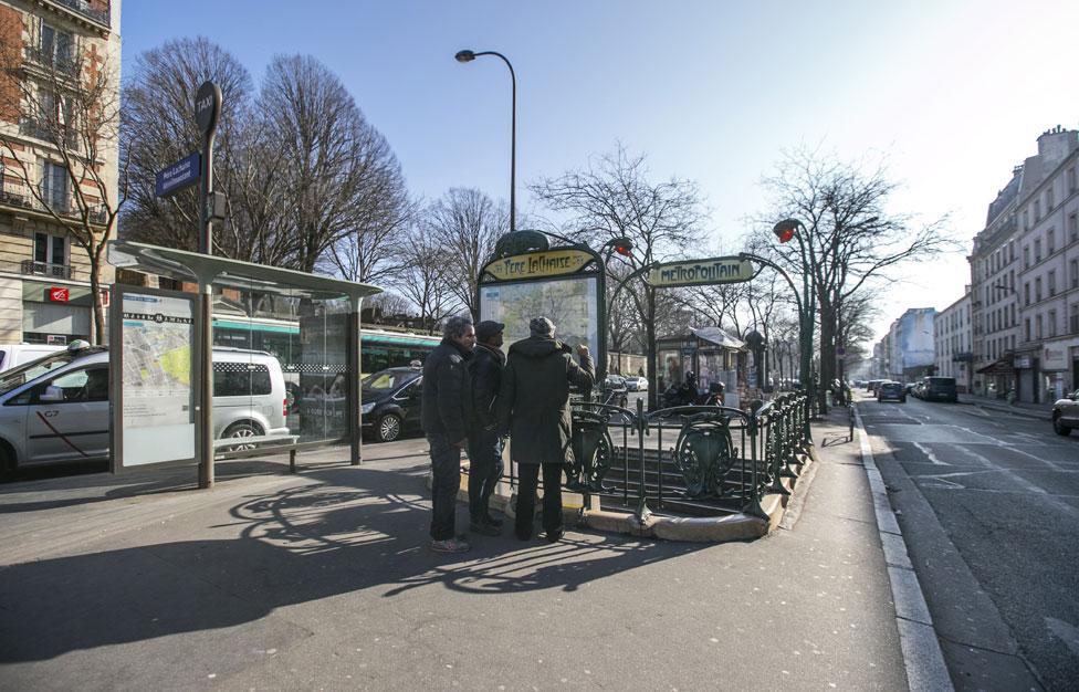 Rechercher un appartement meubl par quartiers paris for Le pere du meuble